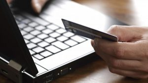 Creditcard 13 procent minder gebruikt