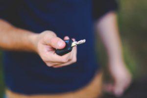 auto huren zonder creditcard betalen